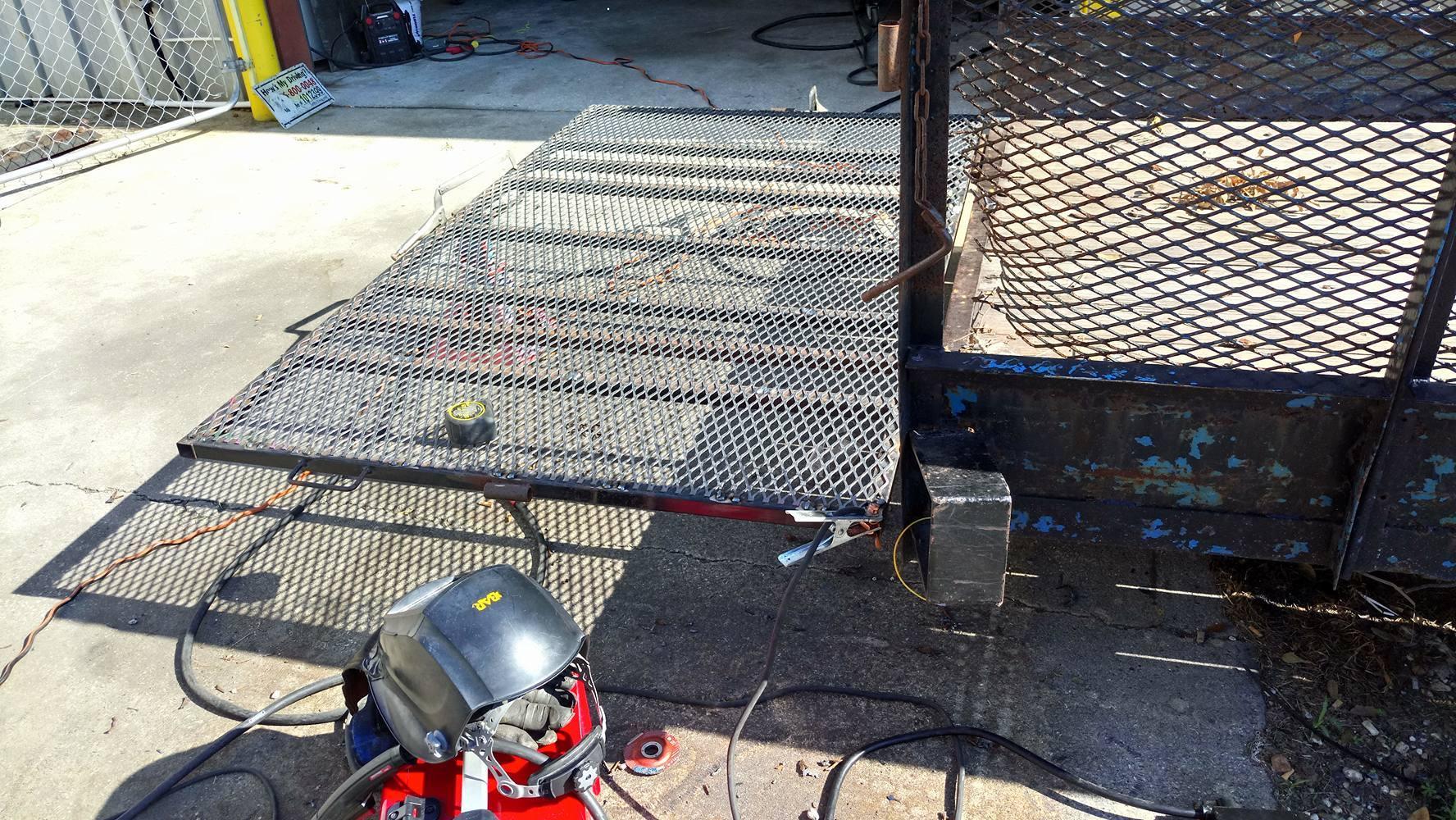Trailer after welding a new metal mesh